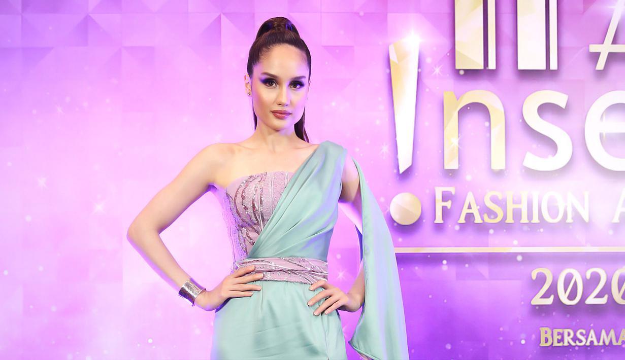 Cinta Laura acara IFA 2020, Selasa (17/3). (Bambang E Ros/Fimela.com)