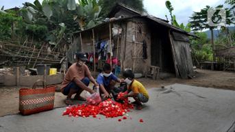 Sri Mulyani Ungkap Kunci Sukses RI Selamatkan Jutaan Warga dari Kemiskinan Selama Pandemi
