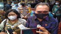LPSK dan BNPT menyerahkan dana kompensasi bagi korban aksi teroris di Mapolres Cirebon kota bebarapa tahun silam. Foto (istimewa)