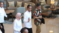 Presiden Joko Widodo bersama Plt Dirut PLN Sripeni Inten Cahyani dan Menteri ESDM Ignasius Jonan usai menggelar rapat di Kantor Pusat PLN (Persero), Jakarta, Senin (5/8/2019). Jokowi meminta penjelasan menyusul peristiwa pemadaman listrik di hampir seluruh Pulau Jawa. (Liputan6.com/Angga Yuniar)