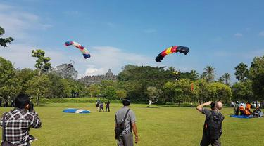 warga kota Yogya pun bersiap menikmati suguhan spektakuler atraksi JIAS 2017 yang berlangsung di depan kraton Yogyakarta tepatnya di alun-alun utara Yogyakarta.
