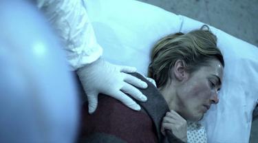 Salah satu adegan film Contagion. (Foto: IMDb/ Warner Bros.)