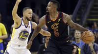 Jr Smith saat final NBA gim pertama (AP)