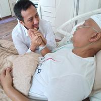 Yusuf Mansur jenguk Arifin Ilham (dok Istimewa)