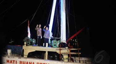Jokowi dan Jusuf Kalla menyampaikan pidato kemenangannya di Pelabuhan Sunda Kelapa, Jakarta, Selasa (22/7/14). (Istimewa)