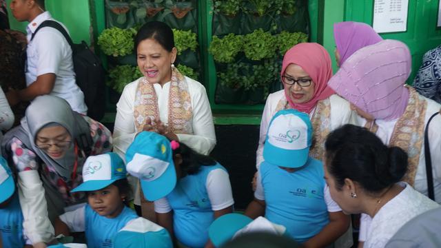 Ibu Negara Iriana Jokowi Kunjungi PAUD di Solo