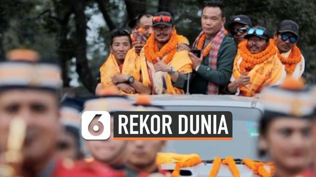 Seorang pria Nepal bernama Nirmal Purja menjadi pendaki 14 puncak tertinggi di dunia paling cepat. Nirmal yang berusia 36 tahun itu hanya membutuhkan waktu enam bulan untuk mendaki.