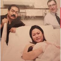 Penyanyi dan pengusaha Inul Daratista mengunggah foto saat melahirkan anak tunggalnya, Yusuf Ivander Damares. Dalam keterangannya, Inul mengenang saat bobotnya mencapai 85 kilogram. (Instagram/Inul.d)