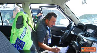 Citizen6, Lebanon Selatan: Pelaksanaan pemeriksaan diantaranya: inspeksi seluruh kendaraan operasional Satgas, pengecekan bahan bakar dissel/bensin, peralatan PMK, pengecekan kualitas air, inventaris cadangan Elpiji.  (Pengirim: Badarudin Bakri)