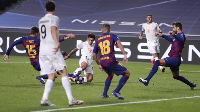 FOTO: Bayern Munchen Bantai Barcelona 8-2