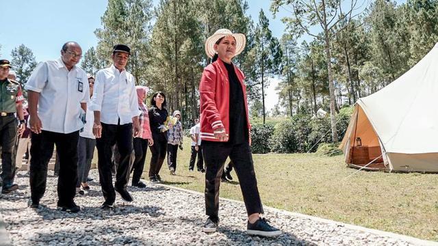 Jokowi Komitmen Benahi Danau Toba Jadi Kawasan Wisata Menarik dan Lengkap