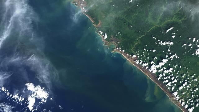 Kisah Masjid Rahmatullah Tetap Kokoh Dihantam Tsunami Aceh News Liputan6 Com