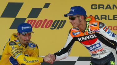 Valentino Rossi vs Mag Biaggi