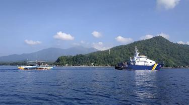 Kapal Pengawas Perikanan milik KKP menangkap satu Kapal Perikanan Asing (KIA) asal Filipina yang melakukan kegiatan illegal fishing di perairan Indonesia. (Dok KKP)
