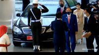 PM Yoshihide Suga tiba di Istana Bogor dan disambut oleh Presiden Jokowi pada Selasa 20 Oktober 2020. (Screenshot Youtube Sekretariat Presiden)