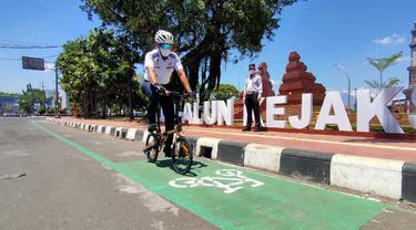 Jalur Sepeda di Jalan Siliwangi Sarana Berwisata di Kota Cirebon