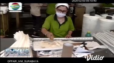 Dengan penyebaran virus corona yang sudah mewabah di sejumlah negara di dunia membuat salah satu perusahaan BUMD milik Pemprov Jawa Timur meningkatkan jumlah produksi masker mulut dan hidung. Hal ini menyusul beberapa permintaan pesanan masker dalam ...