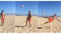 Zlatan Ibrahimovic memamerkan tendangan akrobatik di sela-sela liburan musim panasnya. (Instagram)