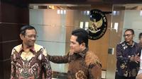 Menko Polhukam bertemu Menteri BUMN Erick Thohir. (Putu Merta Surya Putra/Liputan6.com)