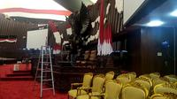 Berbagai persiapan dilakukan jelang Pelantikan Presiden dan Wakil Presiden di Gedung MPR/DPR/DPD RI Senayan, Jakarta Pusat. (Merdeka.com/Sania Mashabi)