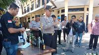 Kapolres Pare-Pare, AKBP Pria Budi membenarkan pihaknya sedang menyelidiki kasus dugaan suap proyek DAk senilai Rp 40 M oleh Pemkot Pare-Pare (Liputan6.com/ Eka Hakim)