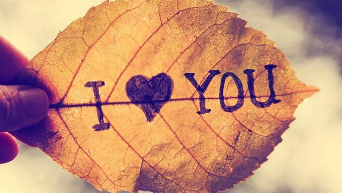 Penting Berikut 6 Kalimat Yang Lebih Penting Dari I Love You Lifestyle Liputan6 Com