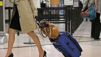 Tips Bepergian untuk Wanita (Foto: pinterest.com)