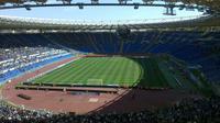 Stadio Olimpico punya trek atletik yang representatif sehingga kerap menggelar kejuaraan Atletik selain dipakai untuk sepak bola seperti Euro 2020 (stadiumguide.com)