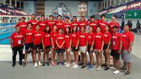 Tim renang junior Indonesia berfoto bersama usai mengikuti SEA Age Group Swimming Championship 2019 di Phnom Penh, Kamboja, 28-30 Juni 2019. Tim renang junior Indonesia membawa pulang total 20 medali, di mana 10 di antaranya adalah medali emas. (Dok PRSI)