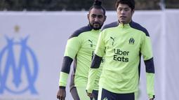 Bek Marseille asal Jepang Hiroki Sakai saat mengikuti sesi latihan di Marseille (24/11/2020). Marseille akan bertanding melawan Porto pada Grup C Liga Champions di Stade Orange Velodrome. (AFP/Nicolas Tucat)