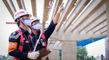 Pekerja proyek PT Waskita Karya (Persero) Tbk