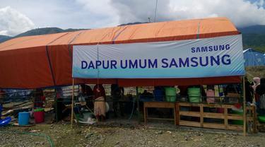 Dapur umum Samsung untuk pengungsi gempa Palu (foto: Liputan6.com/Sulung Lahitani)