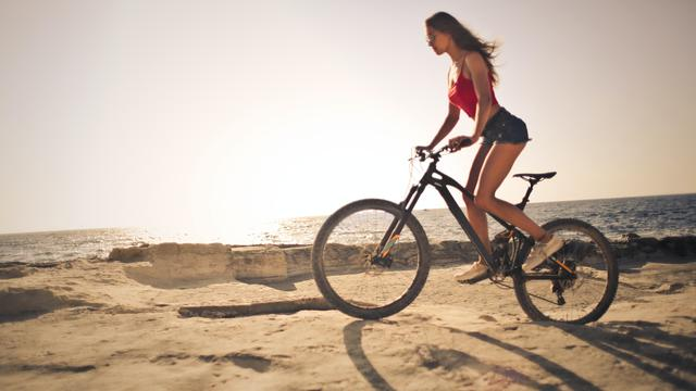 26 Kata Kata Bijak Tentang Sepeda Cocok Untuk Caption Media Sosial Ragam Bola Com