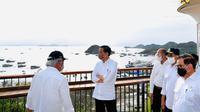 Presiden Joko Widodo (Jokowi) meresmikan Puncak Waringin dan Goa Batu Cermin sebagai dua dari sekian banyak spot pariwisata unggulan di Labuan Bajo. (Dok Kementerian PUPR)
