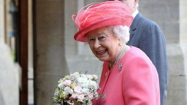 Resmi Restui Pernikahan Harry, Ratu Elizabeth II Rilis Dokumen Ini