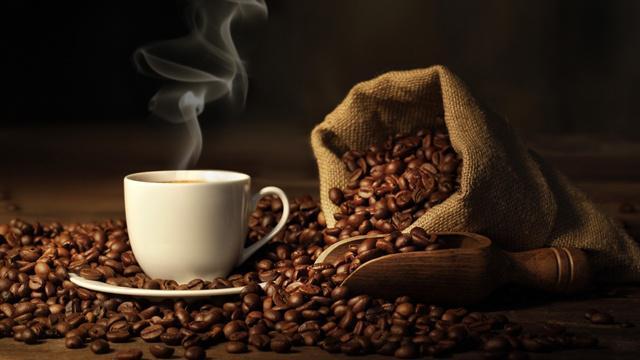 Nutrisi dan antioksidan pada kopi sangat baik buat kesehatan/copyright lemonbody.com