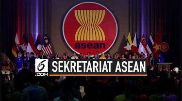 Presiden Joko Widodo meresmikan gedung baru sekretariat ASEAN. Peresmian gedung dihadiri menteri luar negeri negara-negara anggota ASEAN.