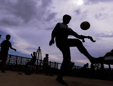 Anak-Anak Rohingya di Kamp Bangladesh