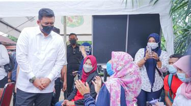 Tracing Covid-19, Bobby Nasution Turun Langsung Tinjau Swab Antigen 150 Warga
