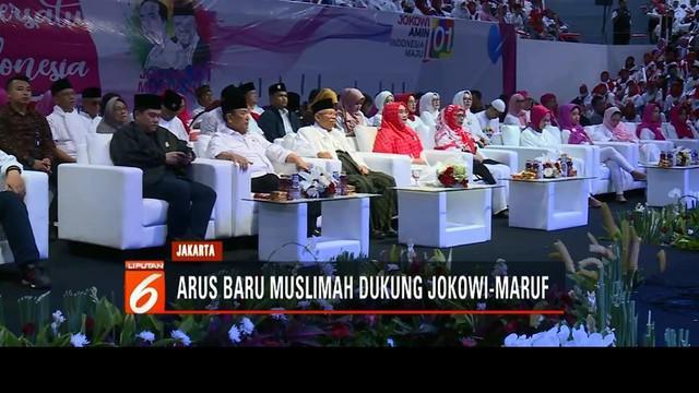 Sebanyak 15 ribu muslimah dari berbagai kelompok ikrarkan dukungan untuk Jokowi-Ma'ruf Amin di Istora Senayan, Jakarta.