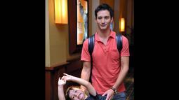 Ayah satu anak ini mengaku lebih selektif mengambil peran dalam sebuah film agar bisa mengajak anaknya menonton bareng, Jakarta, Senin (4/8/14). (Liputan6.com/Panji Diksana)