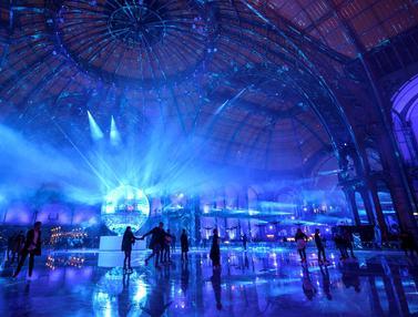 Seluncur Es di Grand Palais