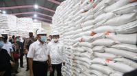 Stok beras di gudang Bulog, termasuk Gudang Bulog Pulo Brayan Darat II, Kota Medan, cukup untuk memenuhi kebutuhan program bansos beras KPM PKH di Sumut.