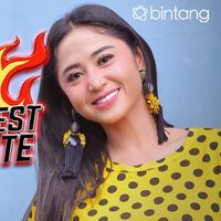HL Hottest Update Dewi Perssik (Fotografer: Adrian Putra/bintang.com)