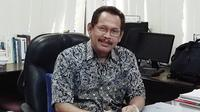 Guru Besar Sosiologi Fakultas Ilmu Sosial dan Ilmu Politik Universitas Airlangga  (FISIP UNAIR), Prof Dr Mustain (Foto: Liputan6.com/Dian Kurniawan)