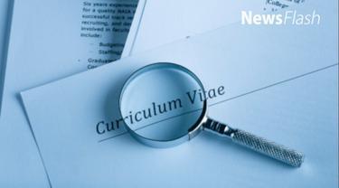 Kunci kesuksesan seseorang dalam mendapat pekerjaan terletak pada curriculum vitae (CV) yang ia berikan pada pihak HRD perusahaan