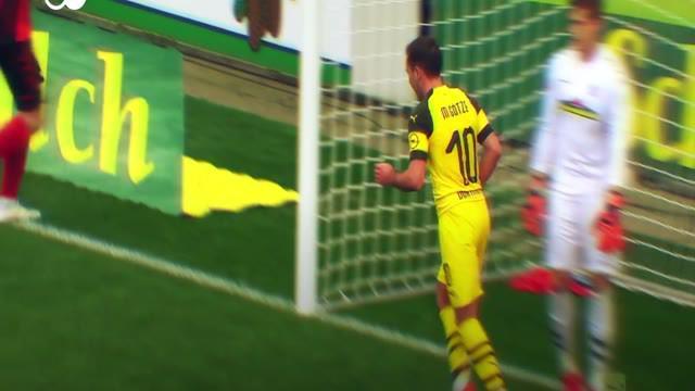 Berita video momen gol Borussia Dortmund ke gawang Freiburg dengan proses serangan balik yang apik dalam lanjutan Bundesliga 2018-2019, Minggu (21/4/2019).