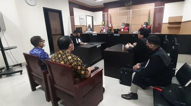 Mantan Dirut Garuda Indonesia Ari Askhara, divonis setahun hukuman kurungan penjara dan denda Rp 300 juta atas perkara penyelundupan motor Harley Davidson dan sepeda Brompton, Senin (14/6/2021).