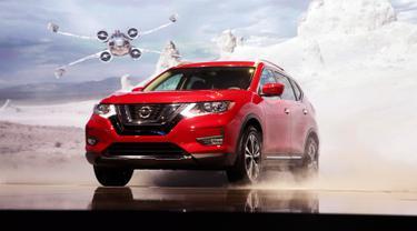 Nissan memperkenalkan produk terbarunya Nissan Rogue Star Wars Edition 2017 di Los Angeles Auto Show 2016, California, 16 November 2016. Nissan Rogue One Star Wars Edition hanya akan dibuat 5.400 unit. (REUTERS/Lucy Nicholson)