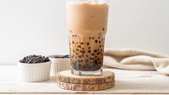 6 Masalah Kesehatan yang Mengintai Jika Anda Rutin Minum Bubble Tea